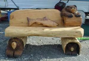 lg_Bear_bench_chainsaw_carvings.jpg