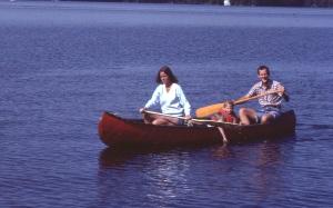1982 Canoe421